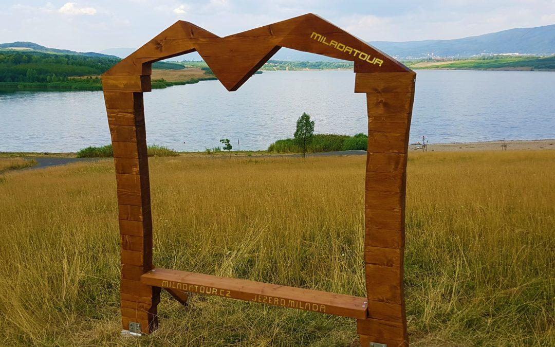 Na jezeře Milada vyrostl fotopoint